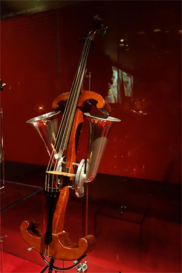 よくわかんないけどなんとなくわかる楽器。