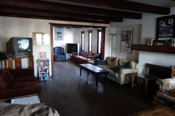この宿はベニスで一番古いホステルだそうで、ものすごい雰囲気ありました。