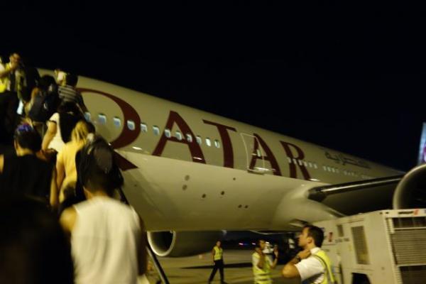 いやでも、カタール航空かなりいいですね。ボードチャージもないし